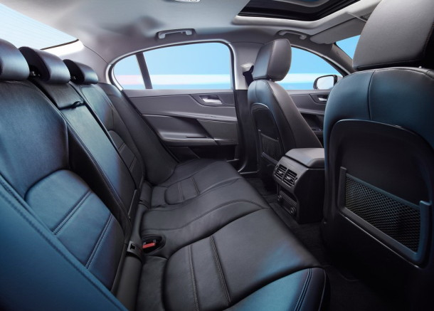 2016 Jaguar 2
