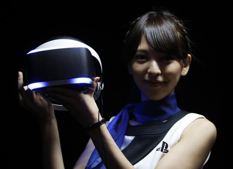 Sony's Project Morpheus VR Headset Will Launch in 2016