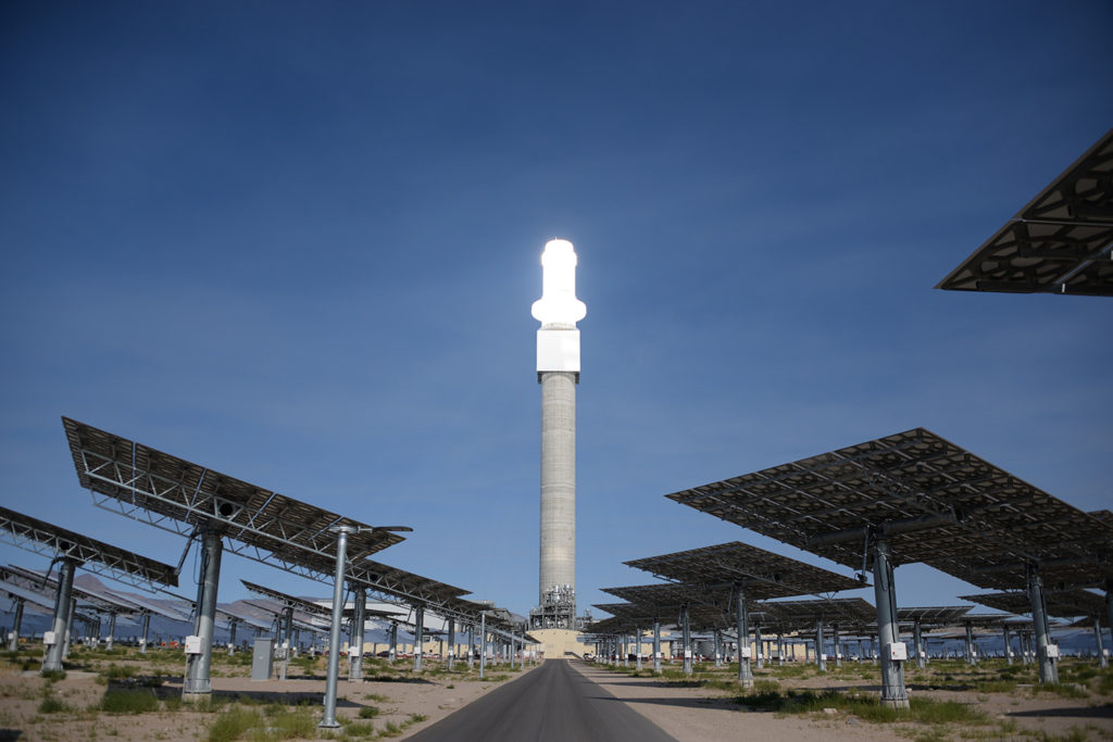 New Concentrating Solar Tower is Worth Its Salt with 24/7 Power